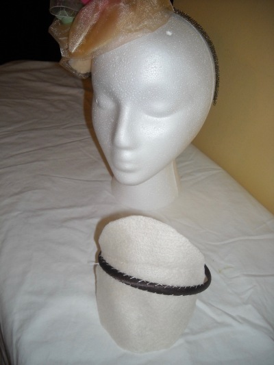 stage-one-sew-felt-circle-on-headband