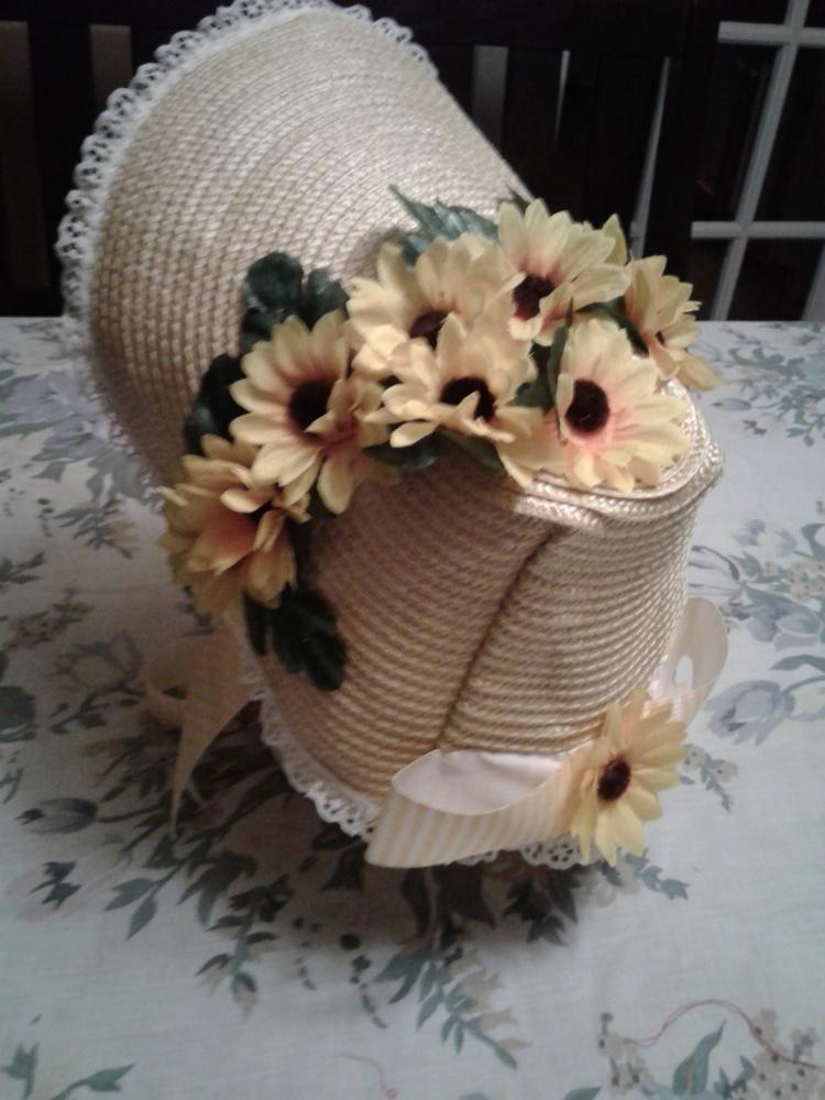 Black-eyed susans bonnet trim