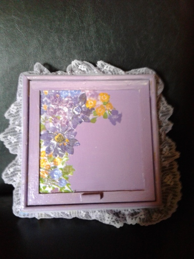 Decoupaged top of trinket box for mother's Day